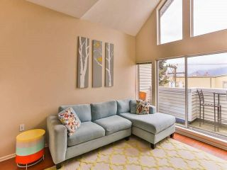 """Photo 5: 402 1723 FRANCES Street in Vancouver: Hastings Condo for sale in """"SHALIMAR GARDENS"""" (Vancouver East)  : MLS®# R2043498"""