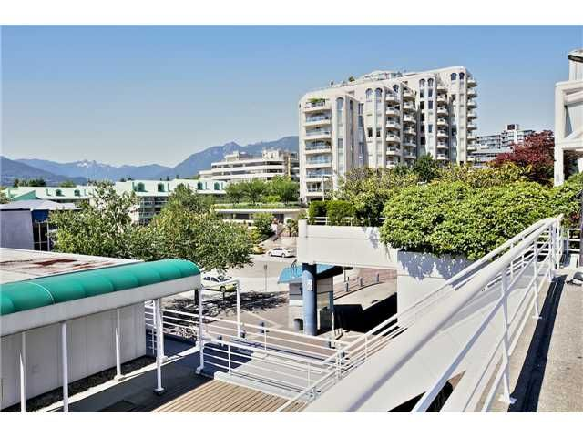 Photo 13: Photos: # 305 168 CHADWICK CT in North Vancouver: Lower Lonsdale Condo for sale : MLS®# V1073729