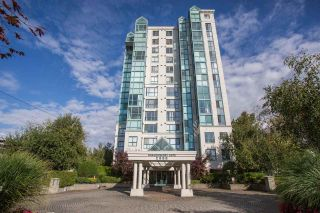 Photo 3: 506 2988 ALDER Street in Vancouver: Fairview VW Condo for sale (Vancouver West)  : MLS®# R2528770
