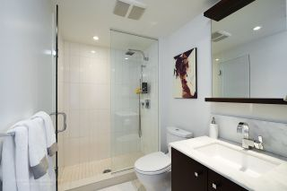 """Photo 11: 2005 1028 BARCLAY Street in Vancouver: West End VW Condo for sale in """"PATINA"""" (Vancouver West)  : MLS®# R2149030"""