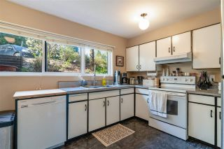 "Photo 13: 1118 CHATEAU Place in Port Moody: College Park PM Townhouse for sale in ""CHATEAU PLACE"" : MLS®# R2572180"
