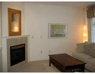 "Photo 8: 1 6588 BARNARD Drive in Richmond: Terra Nova Townhouse for sale in ""CAMBERLEY"" : MLS®# V758128"