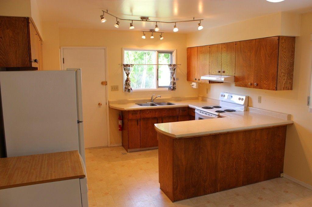 Photo 4: Photos: 1968 Curlew Road in Kamloops: Valleyview Duplex for sale : MLS®# 134328