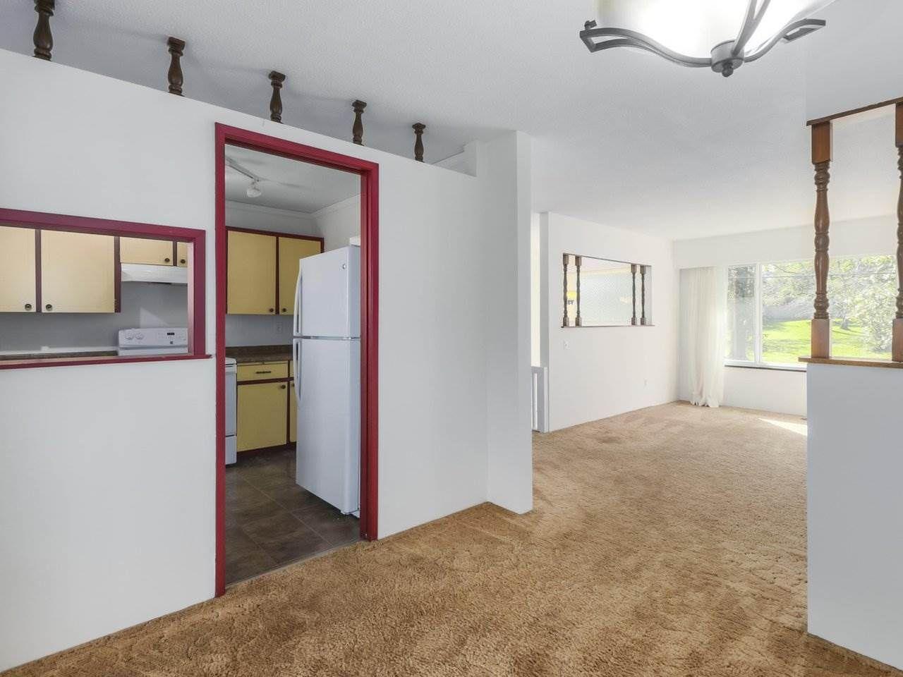 Photo 7: Photos: 1426 KENT Street: White Rock House for sale (South Surrey White Rock)  : MLS®# R2406738