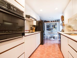 """Photo 9: 201 1551 MARINER Walk in Vancouver: False Creek Condo for sale in """"LAGOONS"""" (Vancouver West)  : MLS®# V1098962"""