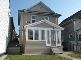 Photo 1: 670 Athabasca Street West in Moose Jaw: Central MJ Residential for sale : MLS®# SK865067