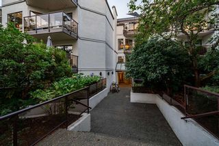 """Photo 1: 215 2222 PRINCE EDWARD Street in Vancouver: Mount Pleasant VE Condo for sale in """"Sunrise on the Park"""" (Vancouver East)  : MLS®# R2512276"""