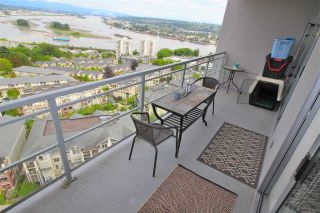 """Photo 11: 2003 280 ROSS Drive in New Westminster: Fraserview NW Condo for sale in """"THE CARLYLE"""" : MLS®# R2278422"""