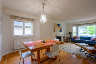 Photo 10: 3041 E 2ND AVENUE in Vancouver: Renfrew VE House for sale (Vancouver East)  : MLS®# R2456098