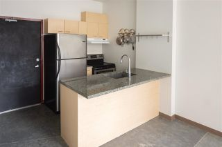 """Photo 5: 212 1 E CORDOVA Street in Vancouver: Downtown VE Condo for sale in """"CARRALL STATION"""" (Vancouver East)  : MLS®# R2580001"""