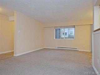 Photo 2: 37 840 Craigflower Rd in VICTORIA: Es Kinsmen Park Row/Townhouse for sale (Esquimalt)  : MLS®# 746267