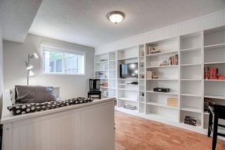 Photo 10: 3810 1 Street NW in Calgary: Highland Park Semi Detached for sale : MLS®# C4245221