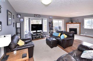 Photo 4: 2193 Bellamy Rd in : La Thetis Heights Half Duplex for sale (Langford)  : MLS®# 836619