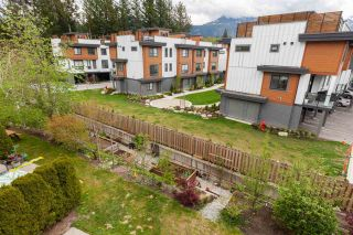 """Photo 33: 8 1200 EDGEWATER Drive in Squamish: Northyards Townhouse for sale in """"EDGEWATER"""" : MLS®# R2585236"""