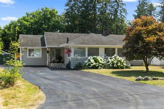 Photo 2: 22070 CLIFF Avenue in Maple Ridge: West Central House for sale : MLS®# R2606593