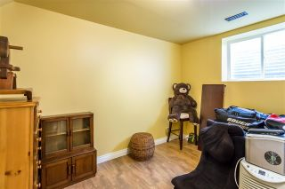 Photo 16: 6683 185A Street in Surrey: Cloverdale BC House for sale (Cloverdale)  : MLS®# R2247936