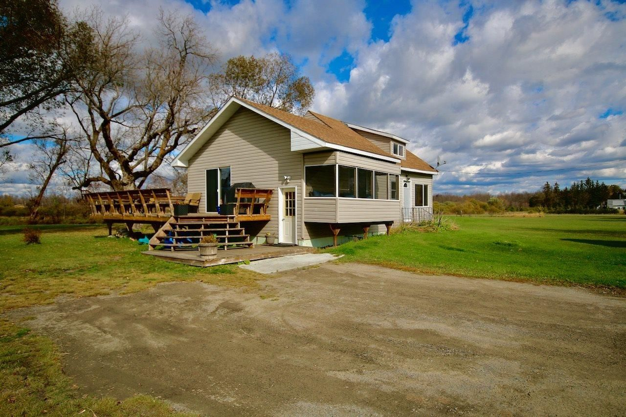 Main Photo: 85 Lavallee RD in Devlin: House for sale : MLS®# TB212037