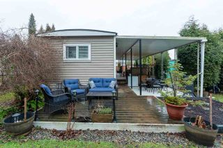 """Photo 7: 74 1840 160 Street in Surrey: King George Corridor Manufactured Home for sale in """"Breakaway Bays"""" (South Surrey White Rock)  : MLS®# R2431476"""