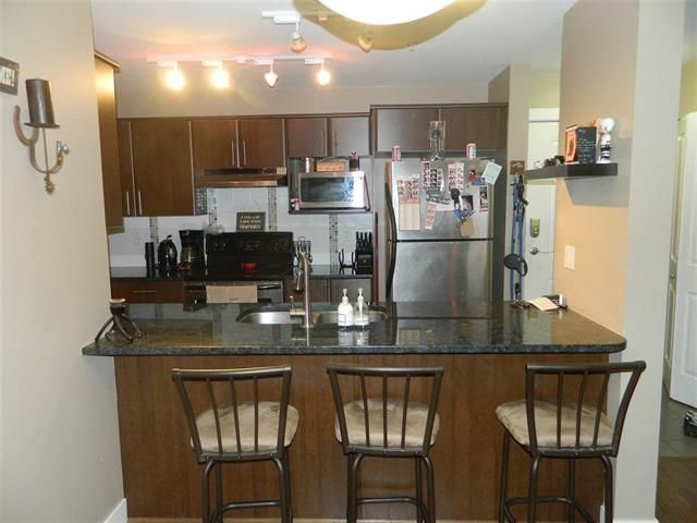 Photo 3: Photos: 19366 65 Avenue: Clayton Condo for sale (Cloverdale)  : MLS®# R2135477