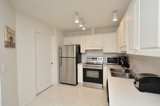 Photo 6: 417 10 Sierra Morena Mews SW in Calgary: Signal Hill Condo for sale : MLS®# C4133490