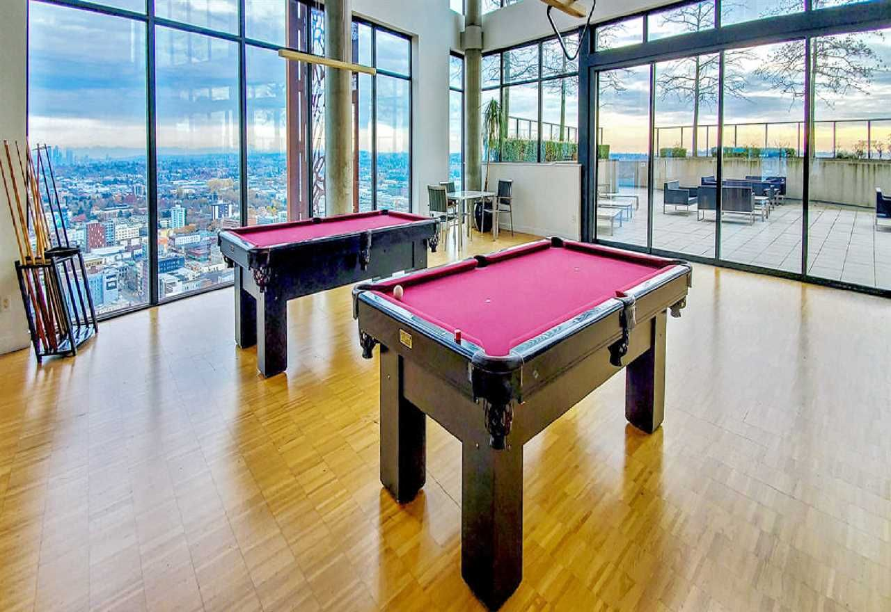 """Photo 15: Photos: 2404 108 W CORDOVA Street in Vancouver: Downtown VW Condo for sale in """"Woodwards"""" (Vancouver West)  : MLS®# R2419147"""