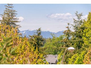 "Photo 3: 307 15150 29A Avenue in Surrey: King George Corridor Condo for sale in ""The Sands 2"" (South Surrey White Rock)  : MLS®# R2464623"