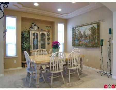 Photo 5: Photos: Chimney Heights Dream House