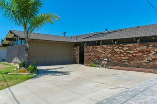 Photo 2: UNIVERSITY CITY House for sale : 3 bedrooms : 4512 PAVLOV AVE in San Diego