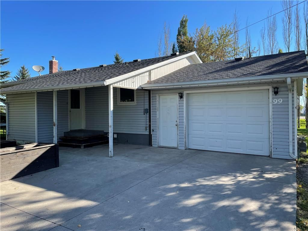Main Photo: 99 River Avenue in Plum Coulee: House for sale : MLS®# 202122931