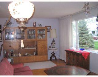 Photo 5: 68 GILIA Drive in WINNIPEG: West Kildonan / Garden City Residential for sale (North West Winnipeg)  : MLS®# 2809405
