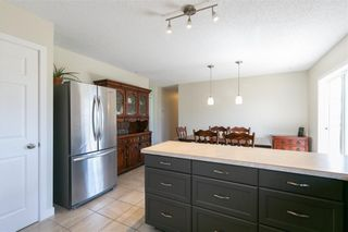Photo 12: 27 Beaver Place: Beiseker Detached for sale : MLS®# C4306269