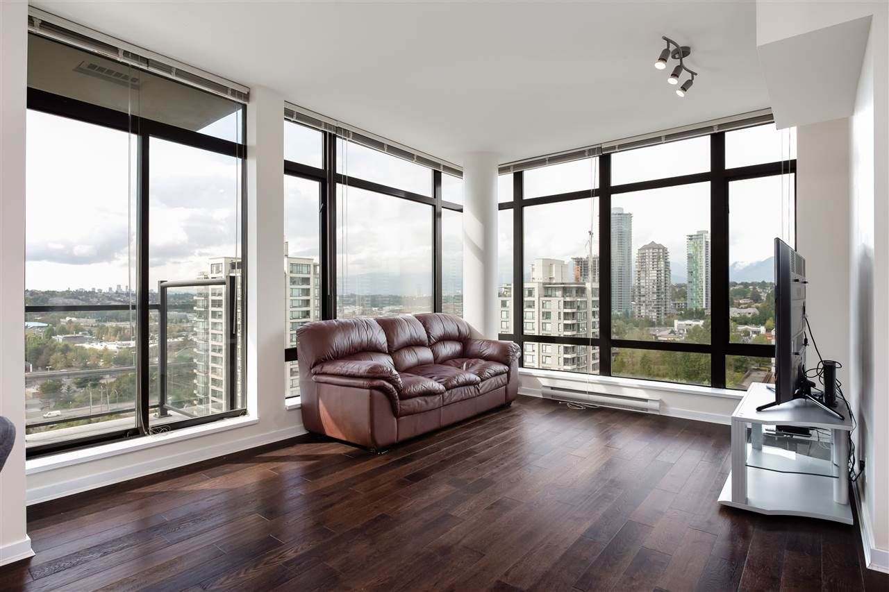 """Photo 3: Photos: 1704 2345 MADISON Avenue in Burnaby: Brentwood Park Condo for sale in """"OMA"""" (Burnaby North)  : MLS®# R2302453"""
