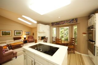 Photo 8: 1031 PIA Road in Squamish: Garibaldi Highlands House for sale : MLS®# R2358689