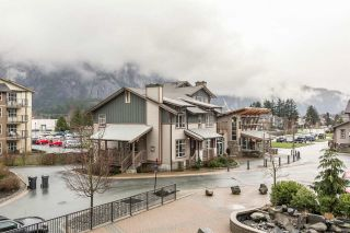 """Photo 16: 220 1211 VILLAGE GREEN Way in Squamish: Downtown SQ Condo for sale in """"Rockcliffe"""" : MLS®# R2043365"""