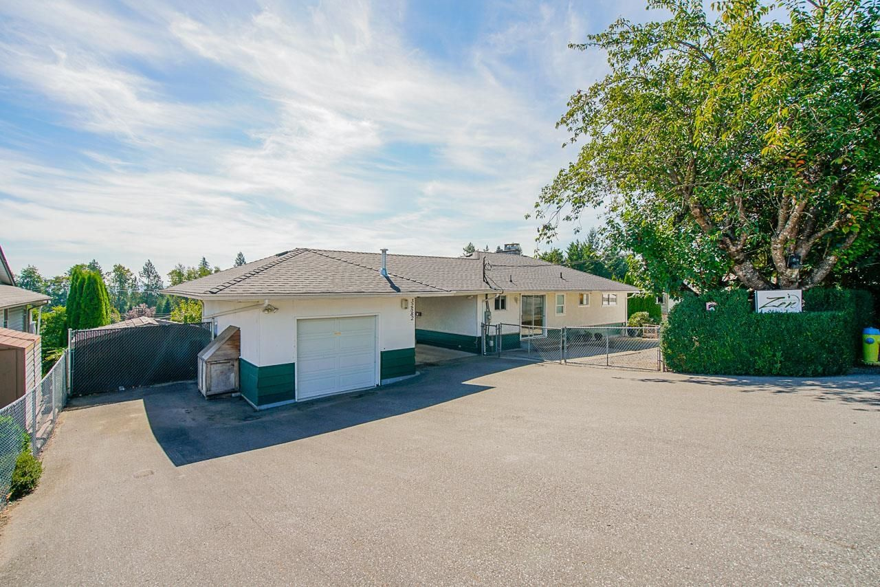 Main Photo: 32582 FLEMING Avenue in Mission: Mission BC House for sale : MLS®# R2616519
