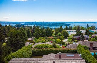 Photo 3: 1222 CHARTWELL Crescent in West Vancouver: Chartwell House for sale : MLS®# R2615007
