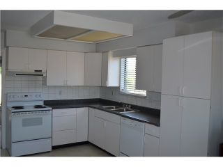 Photo 12: 6920 CANADA Way in Burnaby: Burnaby Lake 1/2 Duplex for sale (Burnaby South)  : MLS®# V1026532