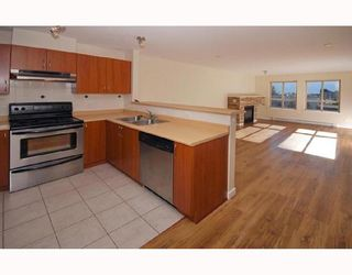 """Photo 1: 304 38003 SECOND Avenue in Squamish: Downtown SQ Condo for sale in """"SQUAMISH POINTE"""" : MLS®# V740694"""