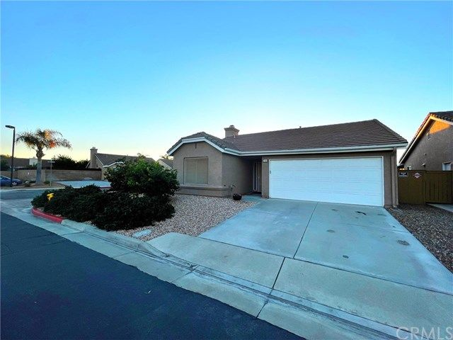 Main Photo: 789 Augusta Street in Hemet: Residential for sale (SRCAR - Southwest Riverside County)  : MLS®# OC21028404