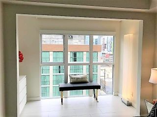 """Photo 14: 807 1188 HOWE Street in Vancouver: Downtown VW Condo for sale in """"1188 HOWE"""" (Vancouver West)  : MLS®# R2162667"""