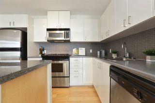 """Photo 12: 604 155 W 1ST Street in North Vancouver: Lower Lonsdale Condo for sale in """"TIME"""" : MLS®# R2335827"""