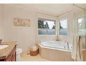 Photo 11: 309 E 26TH Street in North Vancouver: Upper Lonsdale House for sale : MLS®# R2013025