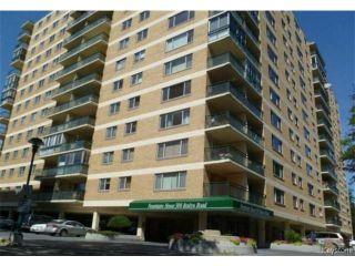 Photo 1: 300 Roslyn Road in WINNIPEG: Fort Rouge / Crescentwood / Riverview Condominium for sale (South Winnipeg)  : MLS®# 1325439