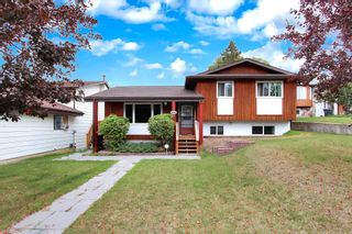 Photo 1: 4214 51 Avenue: Cold Lake House for sale : MLS®# E4234990