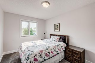 Photo 25: 104 Woodmark Crescent SW in Calgary: Woodbine Detached for sale : MLS®# A1128002