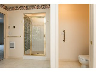 "Photo 18: 18 4001 OLD CLAYBURN Road in Abbotsford: Abbotsford East Townhouse for sale in ""Cedar Springs"" : MLS®# R2469026"