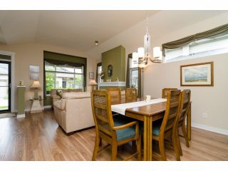 """Photo 4: 49 15188 62A Avenue in Surrey: Sullivan Station Townhouse for sale in """"Gillis Walk"""" : MLS®# F1413374"""