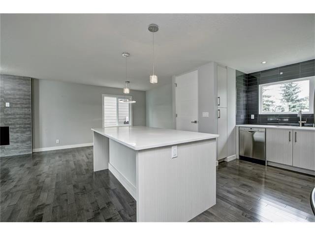 Photo 15: Photos: 448 CEDARPARK Drive SW in Calgary: Cedarbrae House for sale : MLS®# C4084629