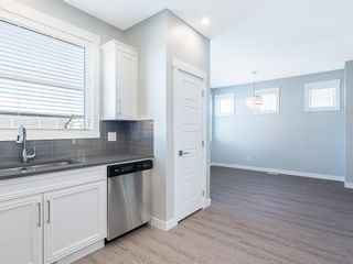 Photo 10: 166 SKYVIEW Circle NE in Calgary: Skyview Ranch Row/Townhouse for sale : MLS®# C4277691