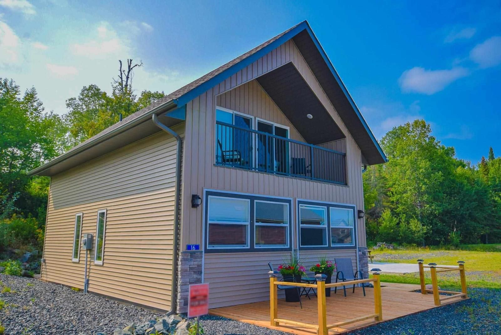 Main Photo: 16 Au Lac Retreats Crescent in Sioux Narrows: House for sale : MLS®# TB212424